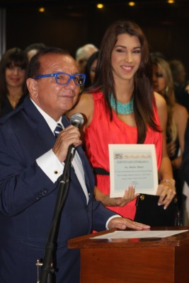 María Elisa Marquez received Special Mention of Honor